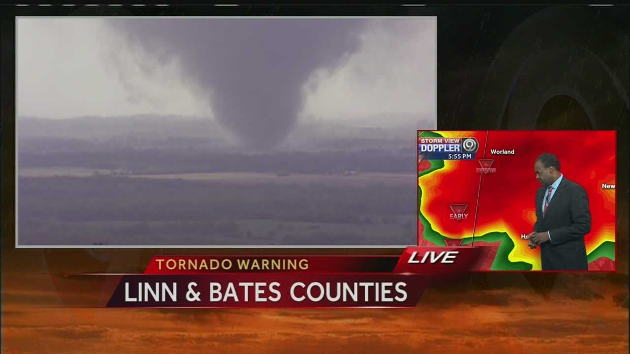 Video from KMBC-TV's NewsChopper 9 HD of a tornado on the ground in Linn County, Kansas on Sunday evening.