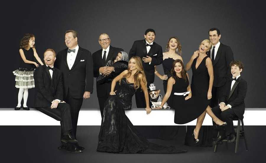 """Modern Family"" returns Wednesdays at 9 p.m. ET/8 p.m CT"
