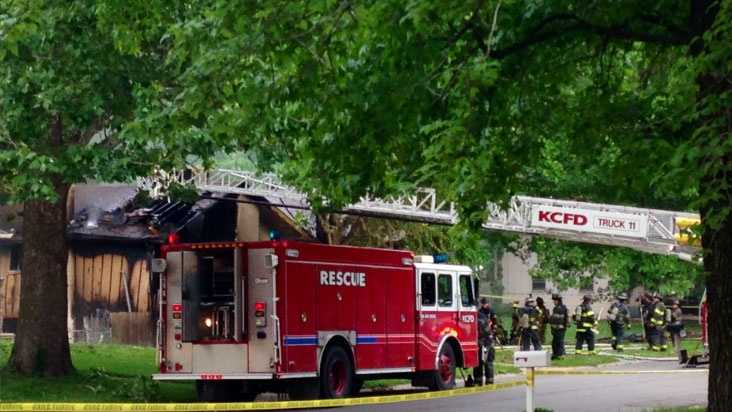 Image House explosion in southeast KC