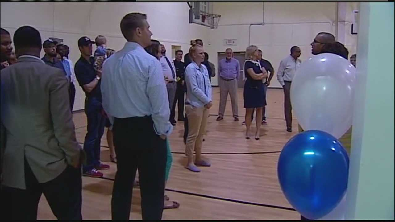 Teenagers have a new place to go in Independence now that a new facility operated by the Boys and Girls Clubs of Greater Kansas City is now officially open.