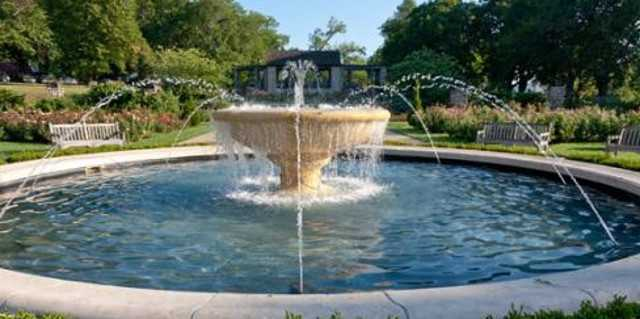 Which KC fountain is Erin's favorite?Loose Park Rose Garden Fountain