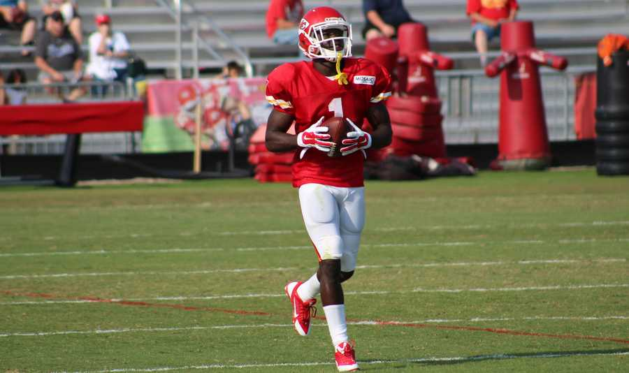 Photos from Chiefs training camp Thursday morning at Missouri Western State University.  Chiefs rookie running back De'Anthony Thomas is making an impression on fans.