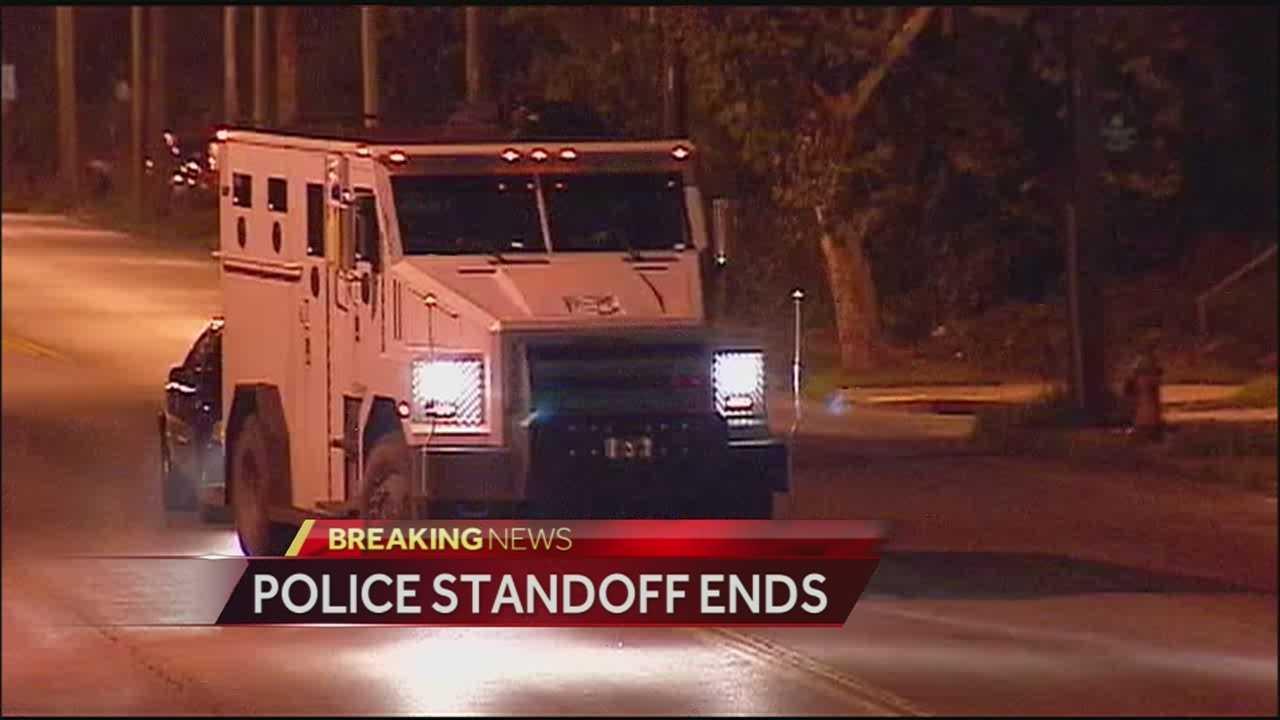 Police standoff 34th, Park