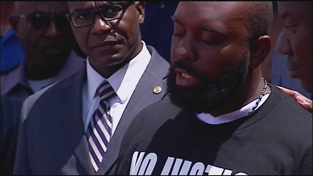 The family of Ferguson police shooting victim Michael Brown calls for calm in the city and justice in the investigation of the incidents that led to the Saturday's shooting.