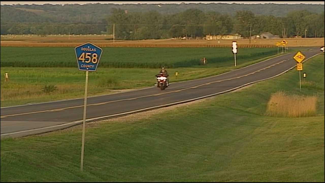Deputies look for key witness in fatal Douglas County bicycle wreck