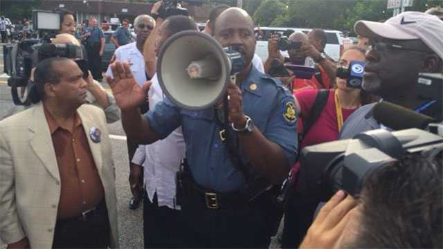 Image Ferguson protest with highway patrol