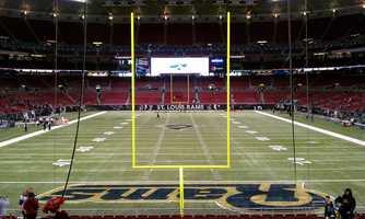 32.) St. Louis RamsCurrent Value: $930 million1 Year Change: +6%Revenue: $250 million