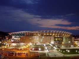 27.) Cincinnati BengalsCurrent Value: $990 million1 Year Change: +7%Revenue: $ 258 million
