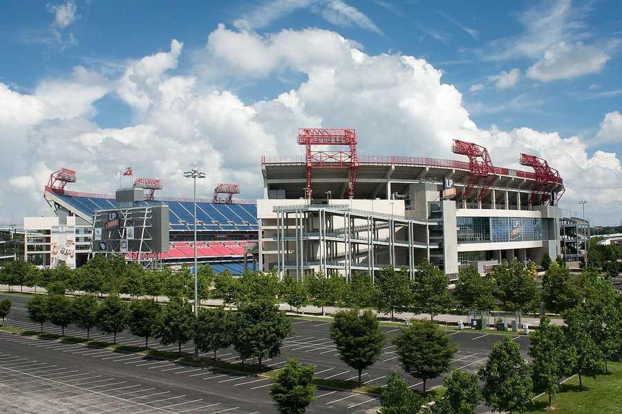 19.) Tennessee TitansCurrent Value: $1.16 billion1 Year Change: +10%Revenue: $ 278 million