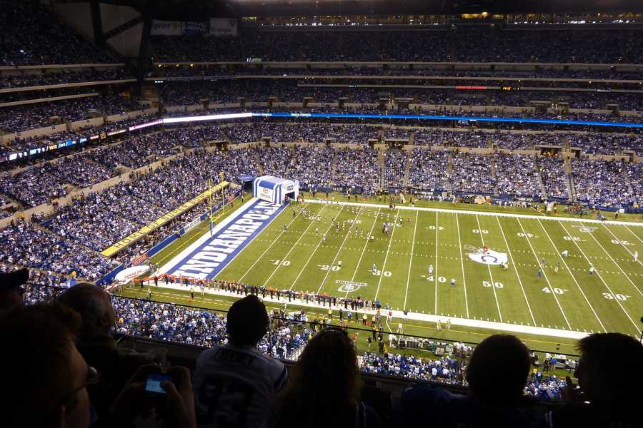12.) Indianapolis ColtsCurrent Value: $1.4 billion1 Year Change: +17%Revenue: $ 285 million