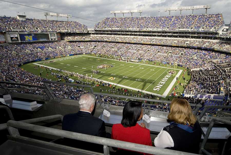 10.) Baltimore RavensCurrent Value: $1.5 billion1 Year Change: +22%Revenue: $ 304 million