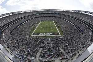 6.) New York JetsCurrent Value: $1.8 billion1 Year Change: +30%Revenue: $ 333 million
