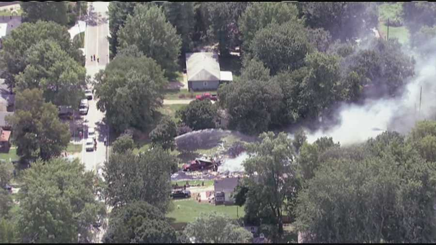 Images of a house explosion at East 24th Street and Vermont Avenue in Independence, Mo.