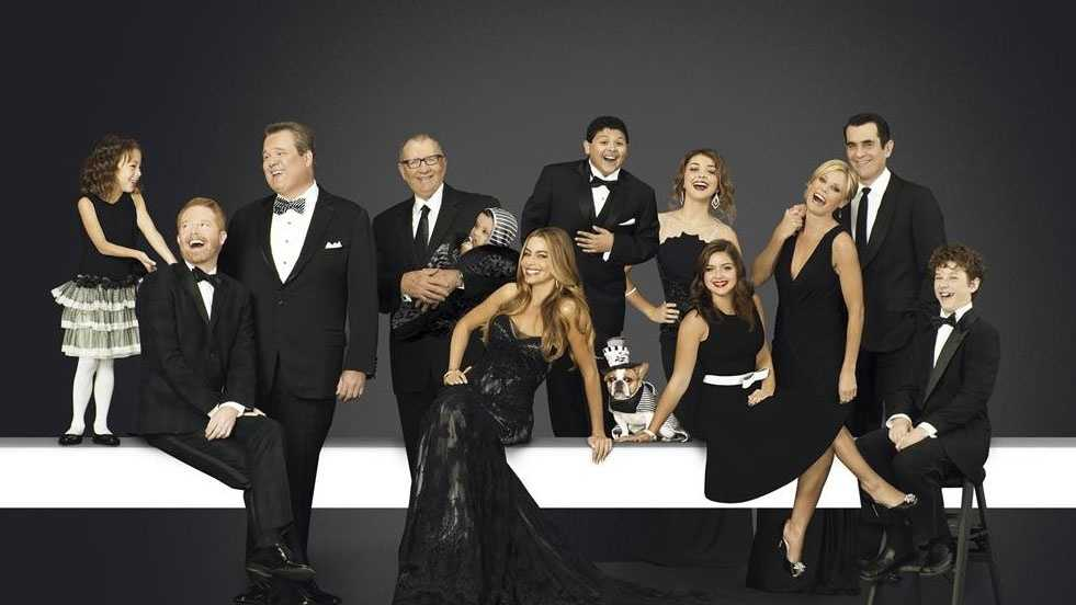 MODERN FAMILY (8 p.m. Wednesdays, premieres Sept. 24)The Emmy-winning comedy returns for its sixth season.