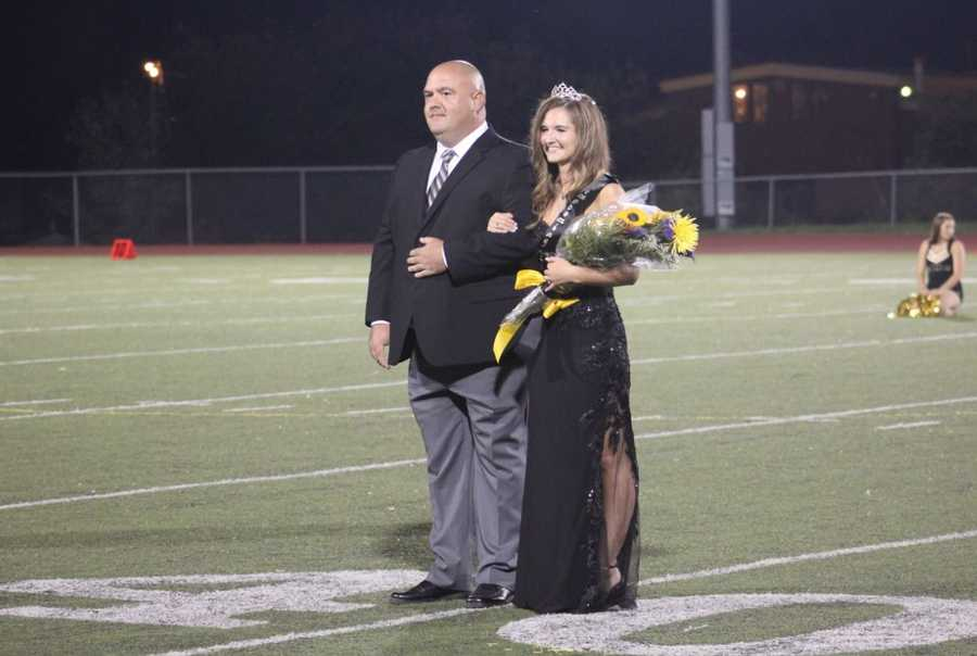 Friday's HyVee Game of the Week saw Excelsior Springs jump out to 14-0 lead, 14-2 at halftime. Homecoming queens and princesses were crowned in the freshman, sophomore, junior and senior classes.