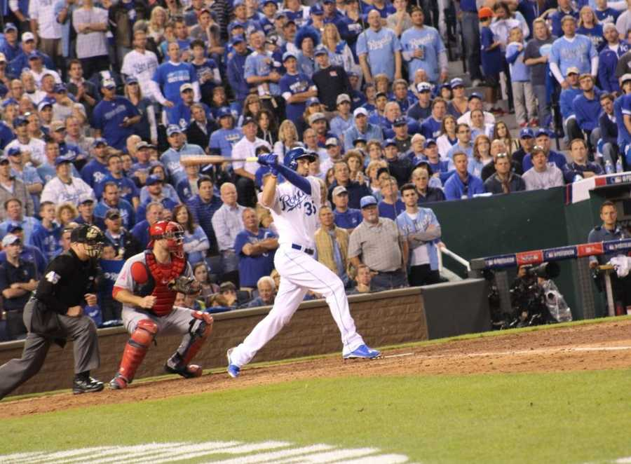 Royals host the Angels in Game 3 of the ALDS.  Royals first baseman Eric Hosmer hits a 2-run home run in the bottom of the 3rd inning, giving Kansas City a 5-1 lead.