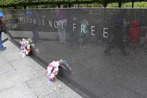 Heartland Honor Flight veterans visit the Korean War Memorial.