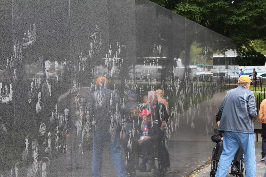 Heartland Honor Flight veterans visit the Korean War Memorial.