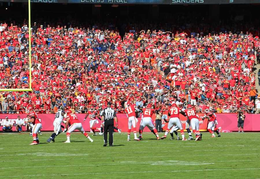Chiefs tight end Travis Kelce caught a ball at the goal-line to put Kansas City in position to score its first touchdown in the first quarter.