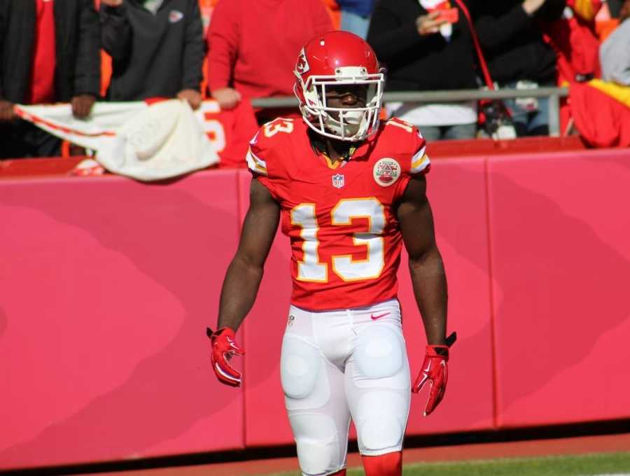 Chief rookie De'Anthony Thomas returned a kick for 78 yards to give Kansas City excellent position during a first half possession.