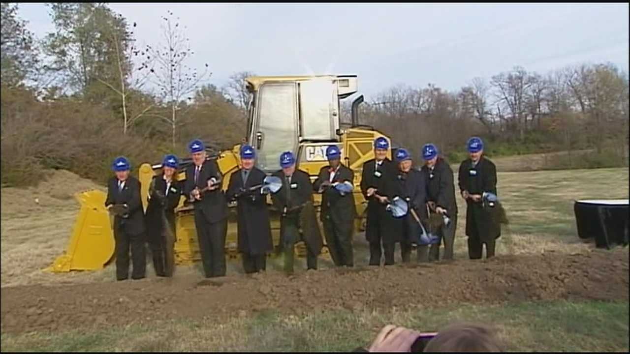 Cerner holds a ceremony to break ground on a southeast Kansas City campus that is expected to eventually house 16,000 employees.