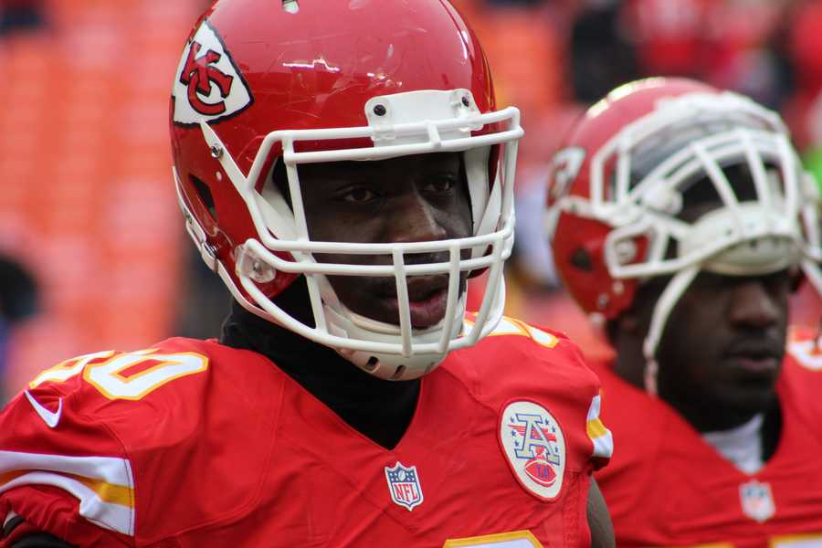 Tamba Hali and the Kansas City front three pressure Russel Wilson and stop the Seahawks on four downs in the 4th quarter.  Kansas City wins to improve to 7-3 record on the season.