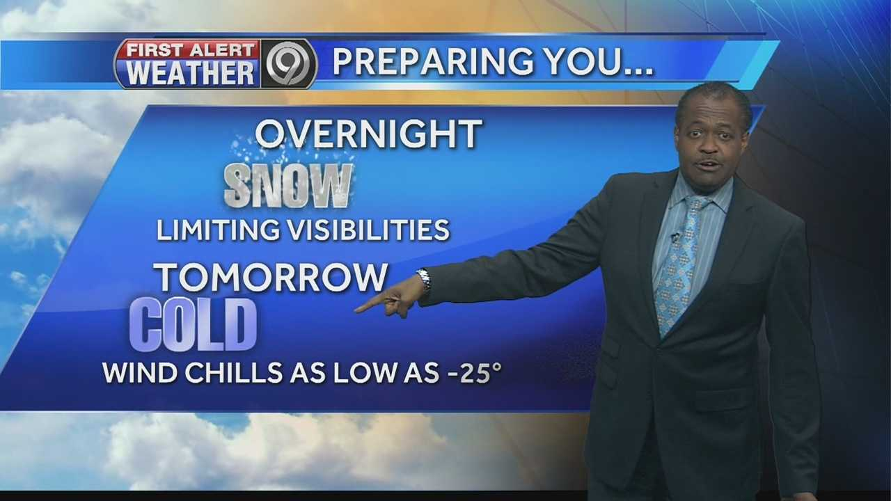 As bitter cold air and dangerous wind chills are set to arrive in the Kansas City area on Wednesday, some parts of the region will see a wave of snow move through Tuesday night.