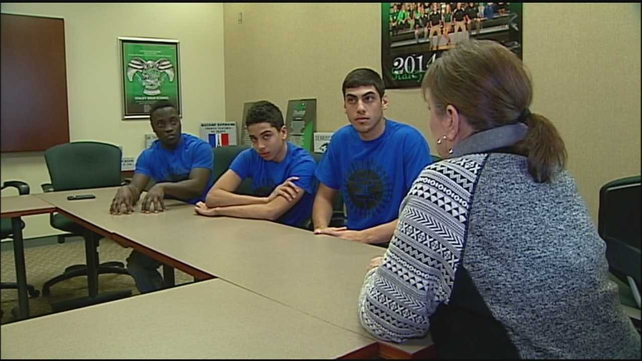 A movement calling for an end to violence is spreading across high schools in the Kansas City metropolitan area.