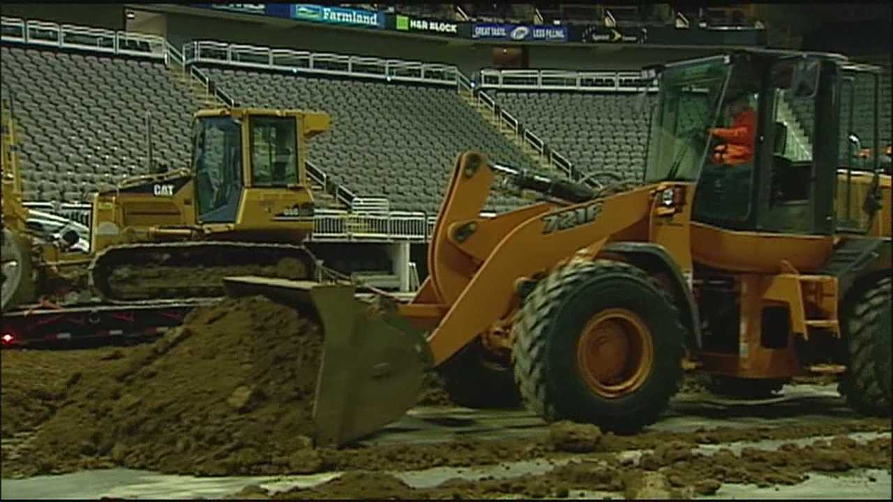 Crews have a lot of work to do to get Sprint Center ready for a monster truck show and Martin Augustine got the dirt on how it's done.