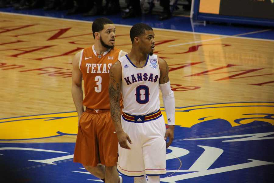 The Kansas Jayhawks hosted the Texas Longhorns Saturday at Allen Fieldhouse. Frank Mason Jr. scored 12 points and registered 3 assists for Kansas.