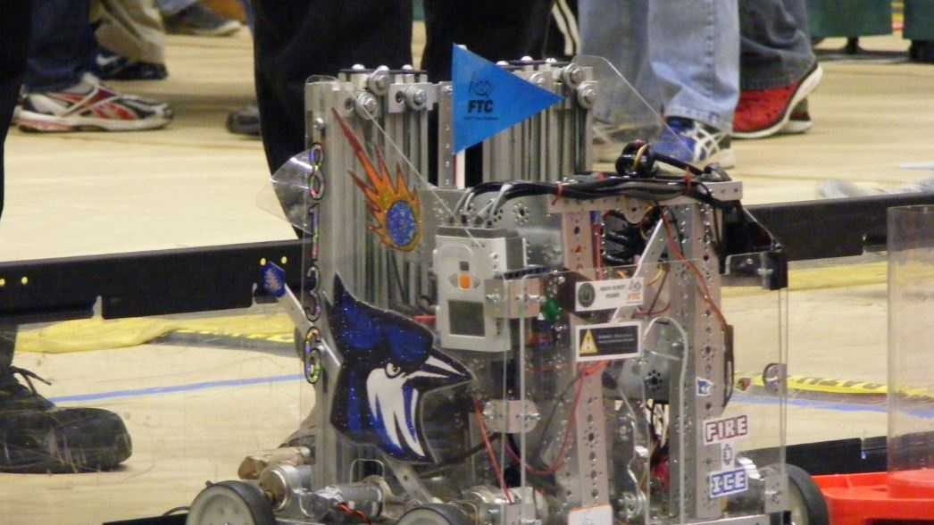 Raytown robotics team has its prized creation stolen.
