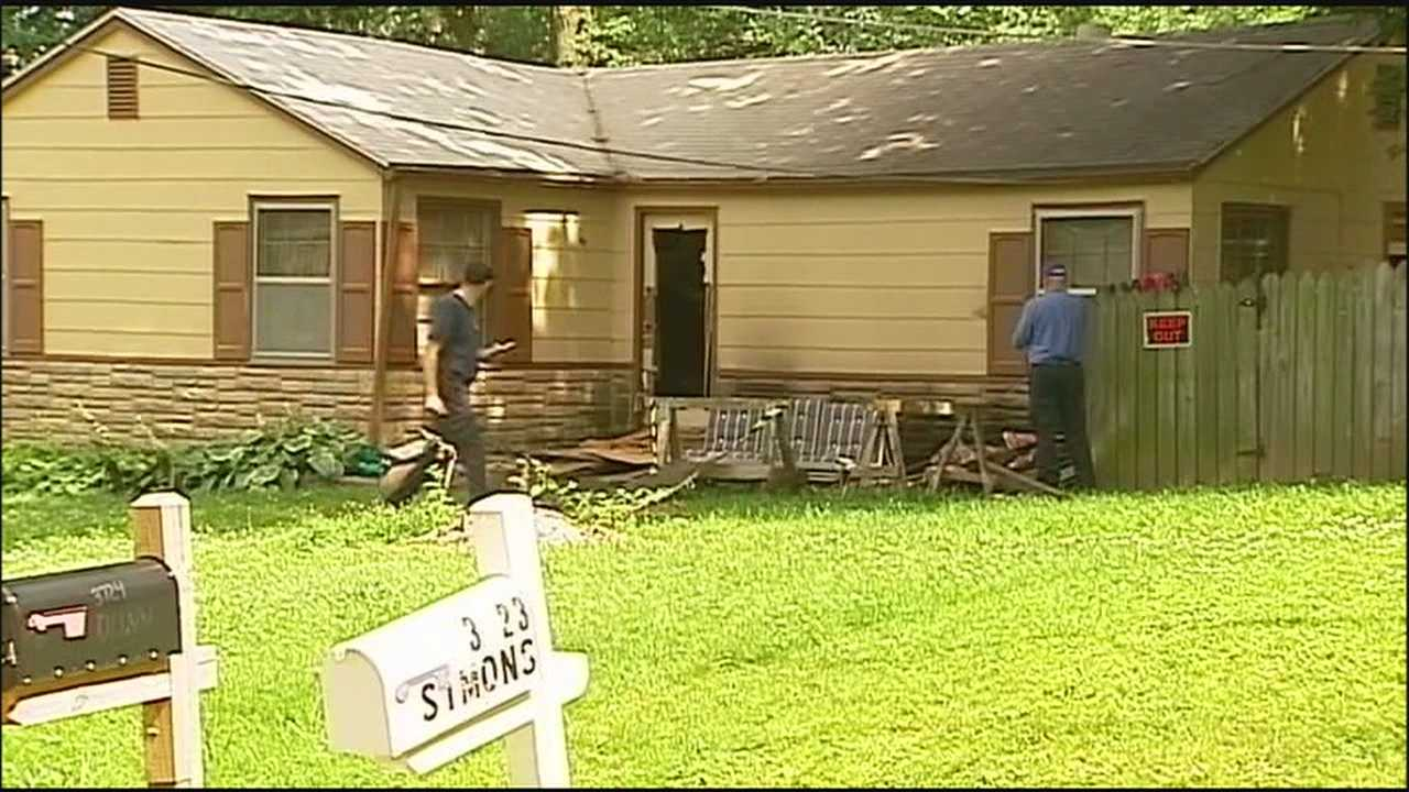 A Kansas City man has died after being caught in a burning home that had no working smoke detectors.