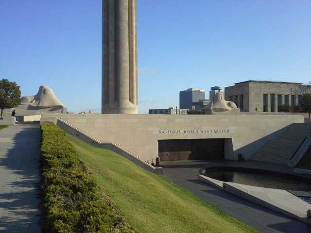National World War I Museum (5 stars, 128 reviews)Summer break doesn't mean the kiddos (or adults) can't stop learning, and the captivatingWorld War I Museum is five stars all the way. Yelper pro tip: print out a scavenger hunt or pickone up at the museum store!