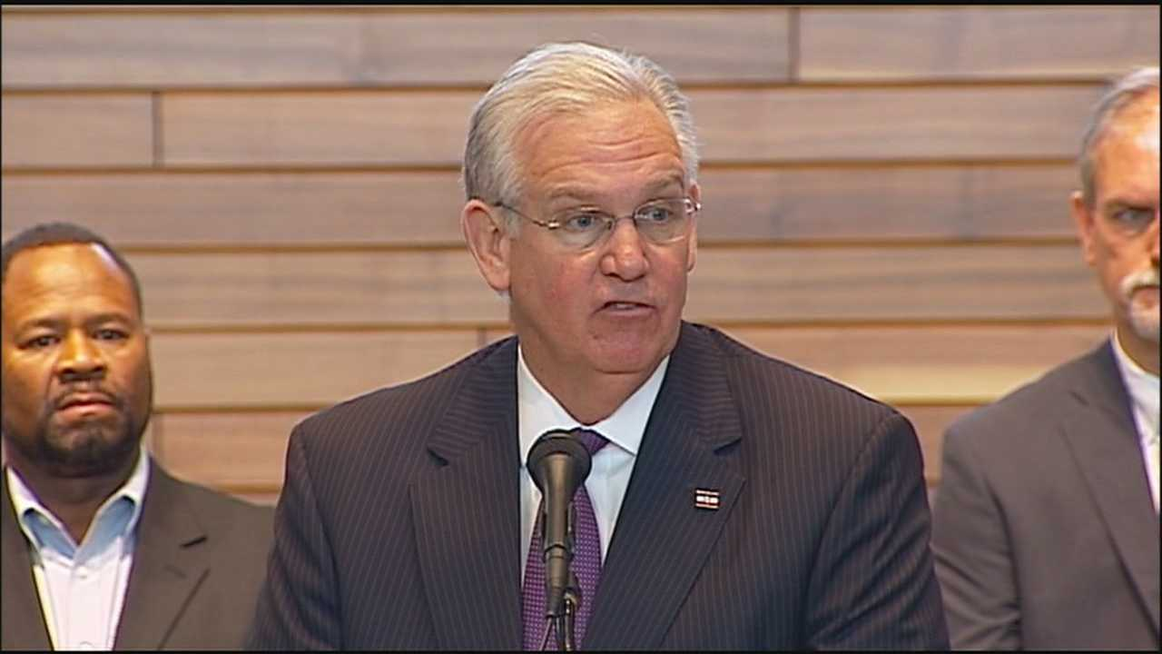 Missouri Gov. Jay Nixon announces the formation of a task force aimed at strengthening the standards of police officers.