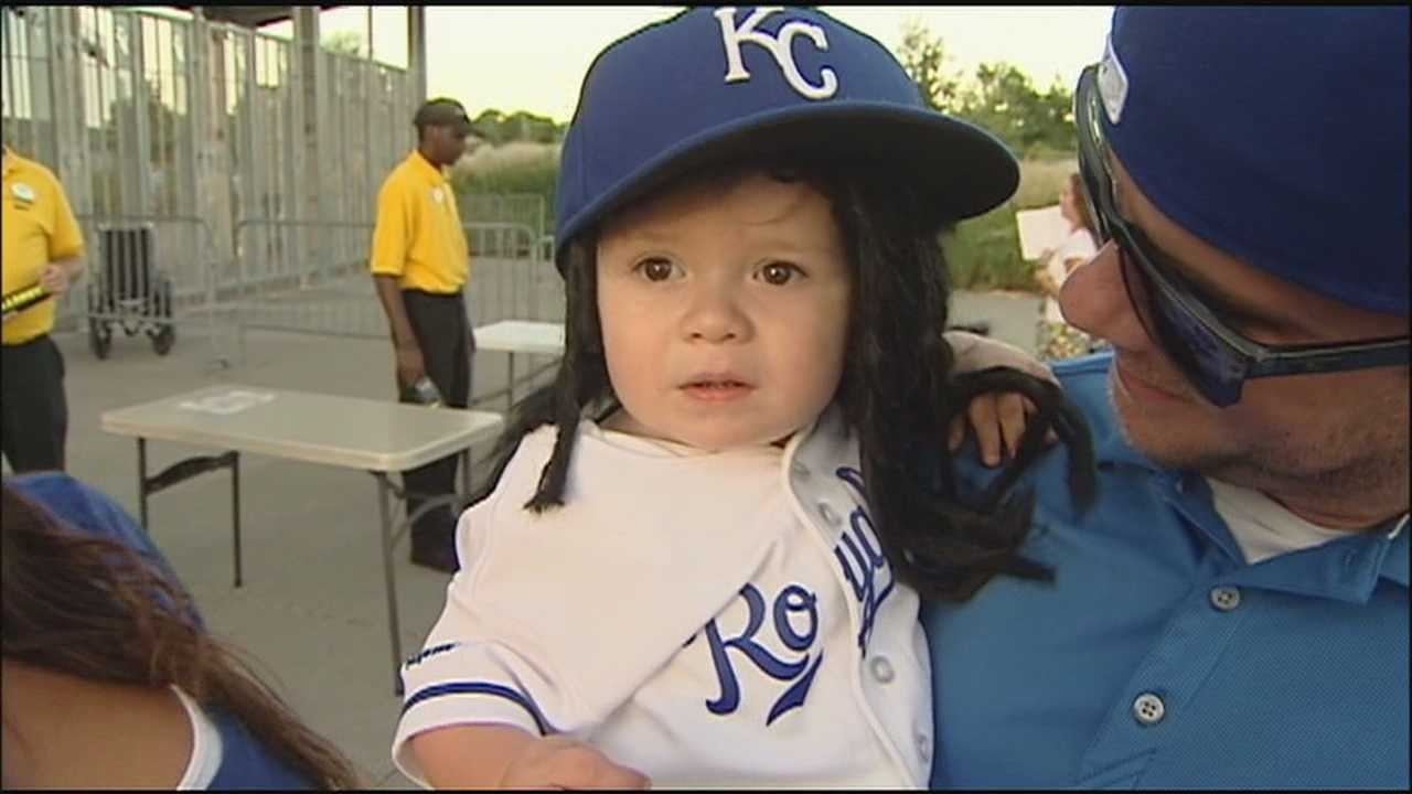 The complete-game shutout thrown by new Royals pitcher Johnny Cueto has everyone talking, and so does a little boy seen at the game in a novelty Johnny Cueto hat and wig.