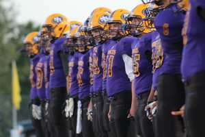 The 3-1 DeSoto Wildcats visited the 1-3 Spring Hill Broncos in KMBC's HyVee Game of the Week.