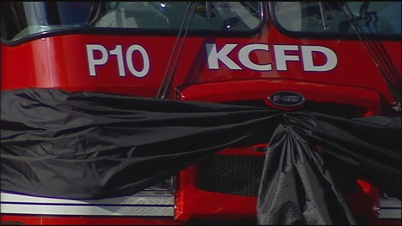 For the second time this week, mourners lined the streets of Kansas City to pay respects to a fallen firefighter.