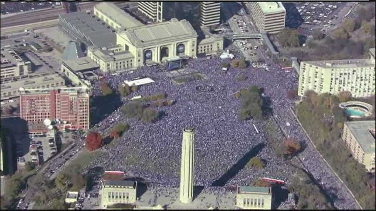 Re-watch or record the Royals World Series Parade on Saturday
