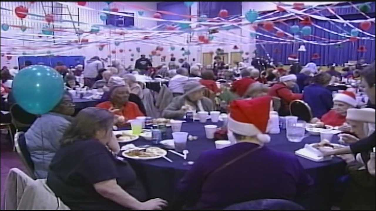 A Kansas City man plans to continue his long-running tradition of providing a Christmas dinner to seniors who might not otherwise get one.