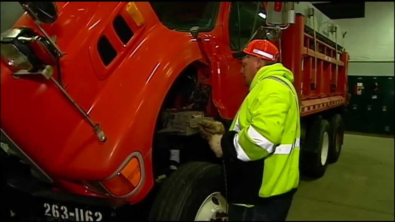 With another winter blast expected overnight, especially on the Kansas side of the state line, Kansas Department of Transportation crews have been working all day to make sure their trucks are ready.