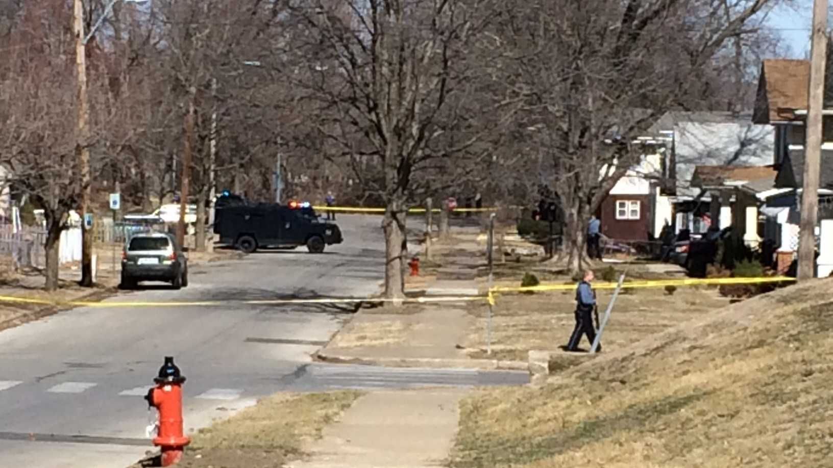 Kansas City police responded to a stand-off situation at a residence in the 400 block of N. Elmwood Ave. Saturday afternoon.