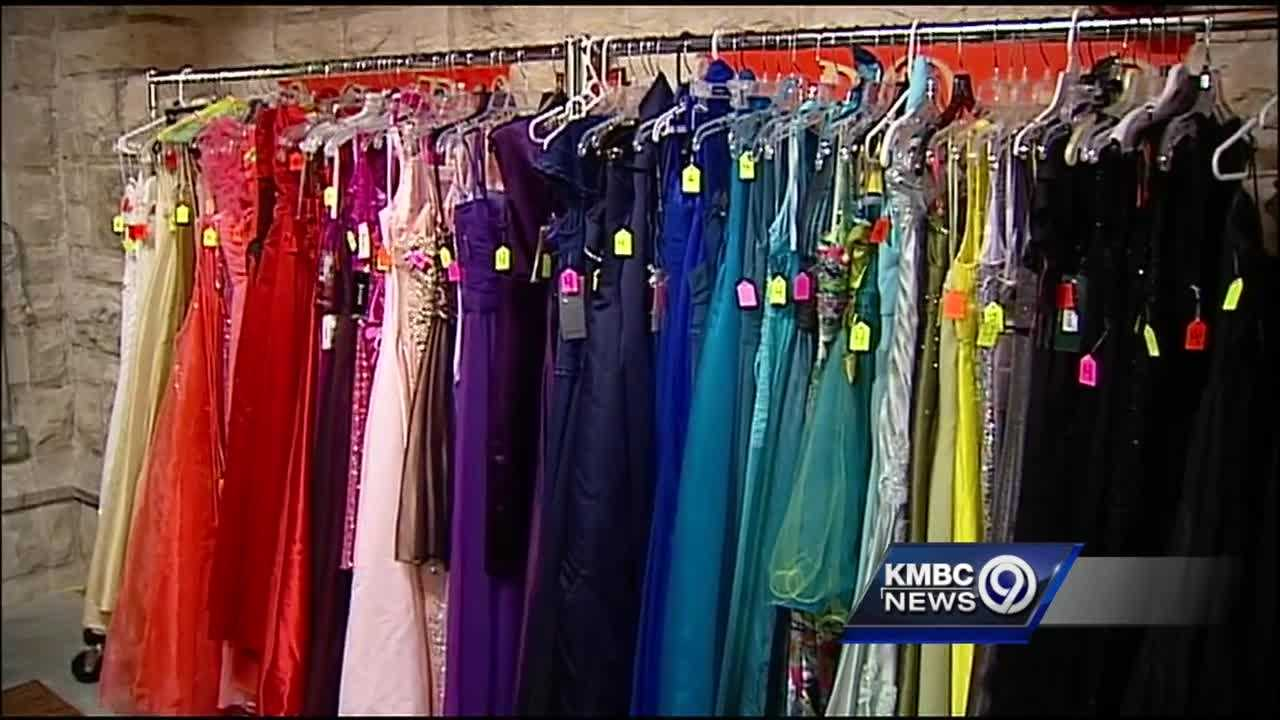 Prom season is around the corner and teenagers can easily spend hundreds of dollars to get ready for the big event, but at one boutique in Kansas City's Brookside area, all the dresses are free.