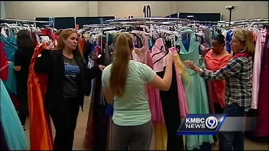 Lee\'s Summit church continues free prom dress tradition