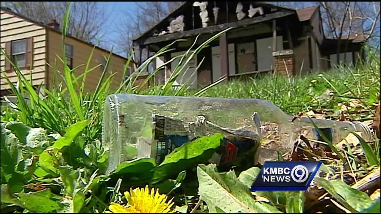 Time is running out for people wanting to take advantage of Kansas City's program that sells the city's vacant, abandoned homes for $1.