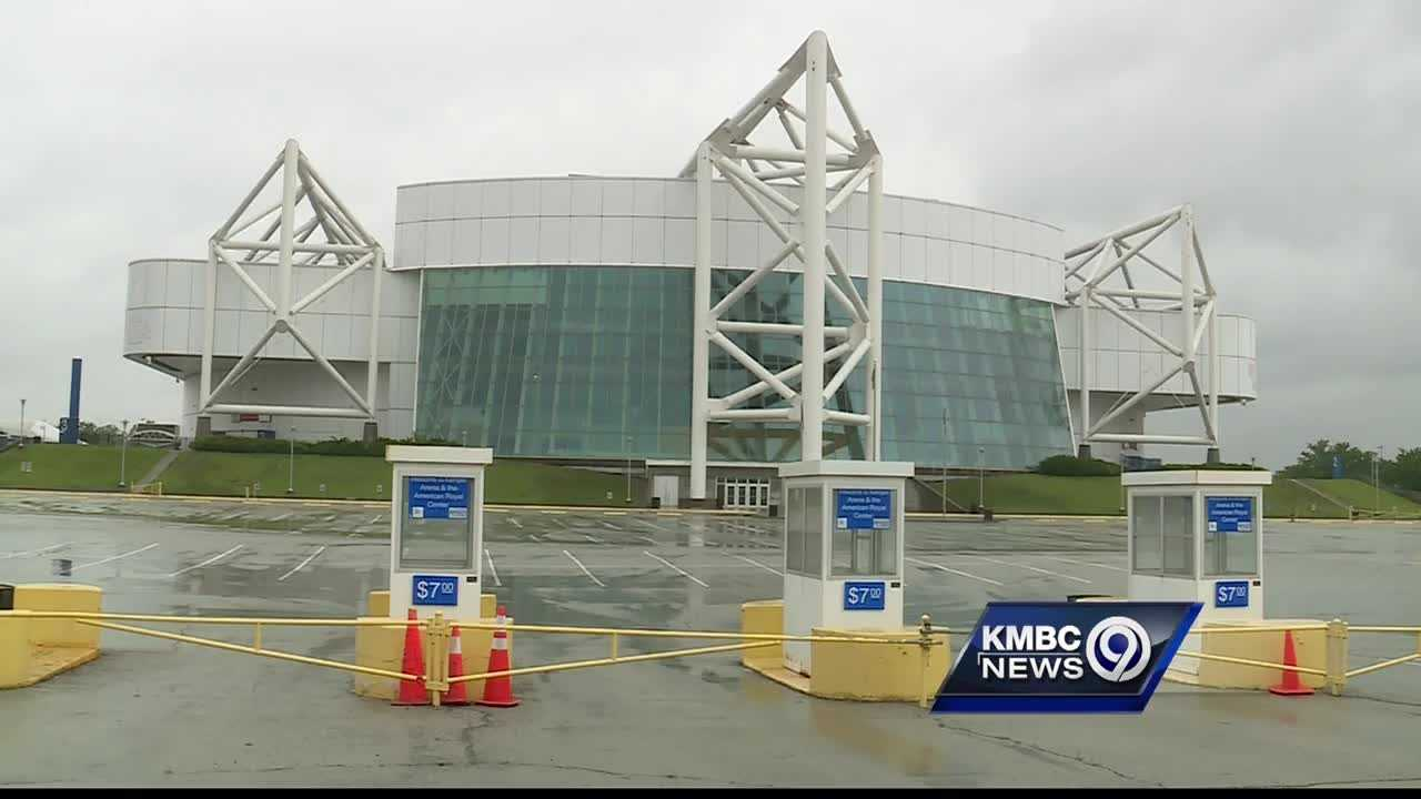 Kansas City is on the verge of selling Kemper Arena to a private developer, ending the uncertainty about what will become of the aging complex in the city's West Bottoms area.