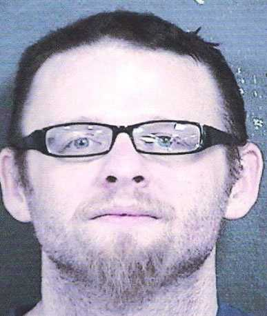 Christopher Elder, 35, is wanted on a Wyandotte County, Kansas, probation violation warrant on a charge of methamphetamine possession and a Johnson County, Kansas, probation violation warrant on a charge of methamphetamine possession.He is white, 5 feet 9 inches tall, 185 pounds and has brown hair, blue eyes and tattoos on his arms and neck.His last known address was in the area of 32nd Street and Parallel Parkway in Kansas City, Kansas.