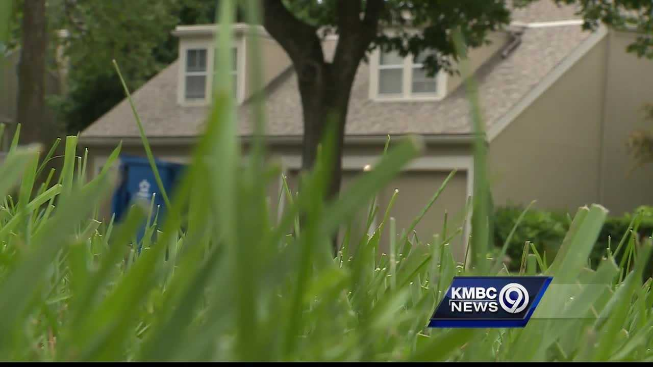 An alert neighbor is being credited with helping lead police to a man suspected in a series of break-ins at a Lenexa town home complex.