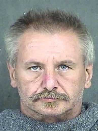 Thomas Bolitho, 56, is wanted on a Wyandotte County, Kansas, probation violation warrant on a charge of violating the terms of a sex offender registration.He is white, 5 feet 10 inches tall, 180 pounds and has graying hair, blue eyes and tattoos on his arms and hands.His last known address was in the area of Ninth Street and Central Avenue in Kansas City, Kansas.Police said he has been known to use the aliases of Gary Bolitho and Brock Pingelton.