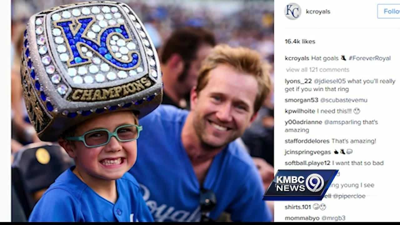 For fans who want to show their Royals pride and remind everyone that their team is the reigning world champion, a new game day accessory is taking the internet by storm.