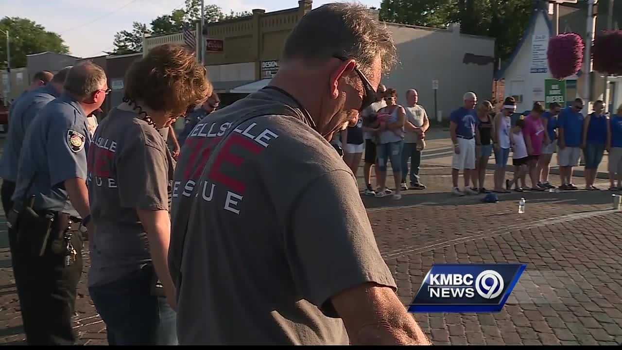 The people of Wellsville, Kansas, took time out Thursday to thank the first responders who serve their small community.